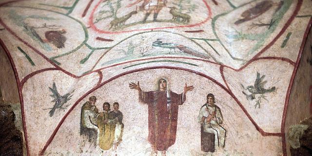 Пронађена најстарија црква у Србији Katakomba%20Priscila%20Rim%20-%203_%20vek%20-%20Zena%20prekrivena%20velom%20u%20molitvi%20i%20Dobri%20pastir